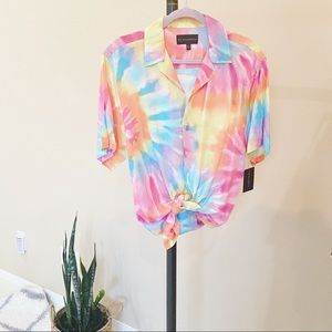 NEW Tie dye Bottom up Blouse Top